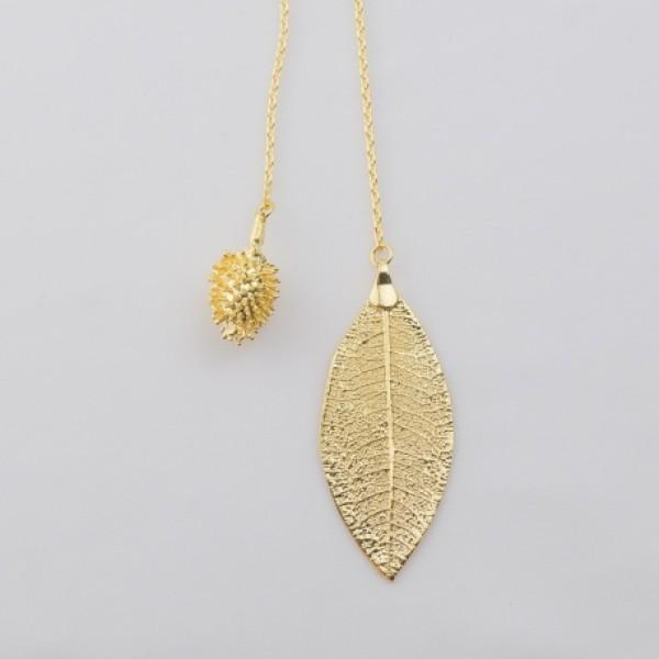 Colar Gravata Carrapicho e Folha de Quinoa Banhados a Ouro